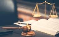 Quelles sont les conséquences sur l'exécution contractuelle de la conclusion irrégulière d'un marché à procédure adaptée ?