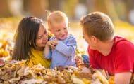 Un rapport de l'Igas préconise un congé parental plus court mais mieux rémunéré