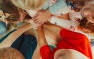 Protection de l'enfance : la stratégie nationale enfin présentée