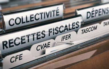 Tir groupé des associations d'élus pour défendre les ressources financières des collectivités