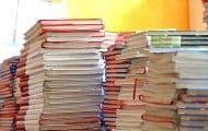 Aider les régions à financer les manuels scolaires des lycéens