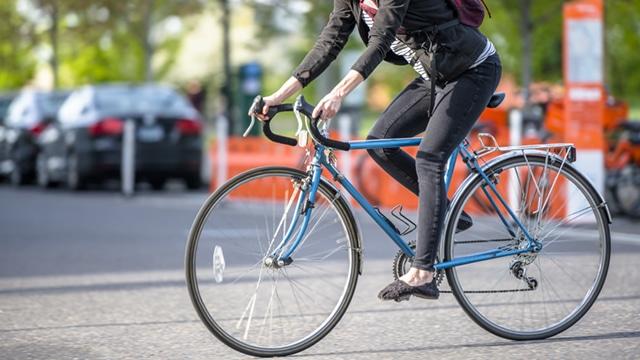 Créer des pistes cyclables temporaires pendant le déconfinement