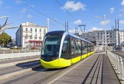 Financement des transports publics : les élus demandent 4 milliards d'euros à Emmanuel Macron