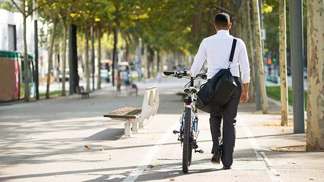 De la démobilité subie à une mobilité frugale et heureuse ?