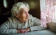 Renforcer la lutte contre l'isolement des personnes âgées