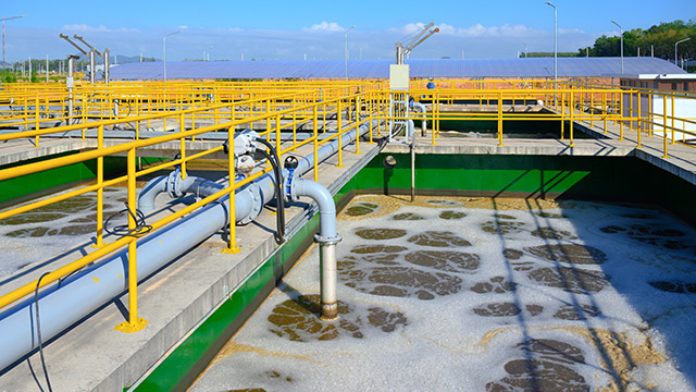Eau, assainissement, gestion des déchets : l'AdCF s'inquiète de la situation concurrentielle