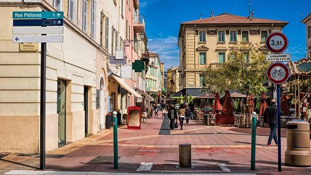 """La revitalisation des centres villes """"accélérateur"""" de la relance"""