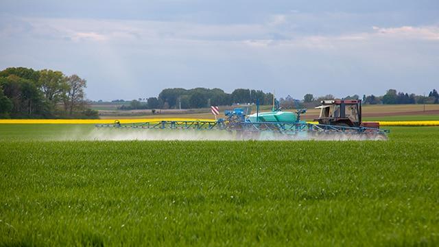 Grenoble : Éric Piolle prend un nouvel arrêté anti-pesticides