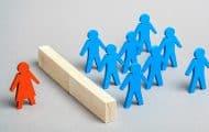 """Covid : le plan de relance """"oublie"""" largement les femmes, accuse une étude"""