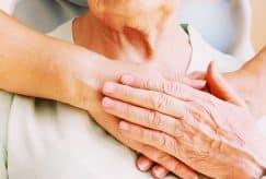 Les salariés aidants se consacrent en priorité au grand âge
