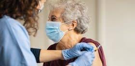 Accélérer la vaccination des personnes âgées à domicile
