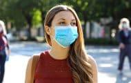 Covid-19 : pour le Haut Conseil de santé publique, les vaccinés peuvent baisser un coin de masque