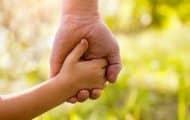 Protection de l'enfance : les contrats départementaux à signer avant fin septembre 2021