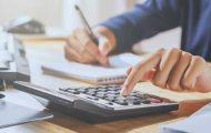 Fonction publique d'État : le salaire net moyen quasi stable en 2019