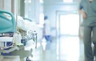 """Covid-19 : le """"plan blanc"""" déclenché dans les hôpitaux de Provence-Alpes-Côte d'Azur"""