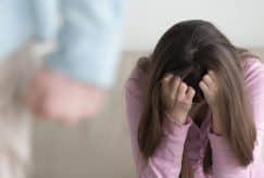 Nouvelles mesures contre les violences faites aux femmes : les associations réclament plus de moyens