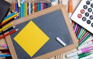 """""""Un sacré coup de main"""" : à Lille, les fournitures scolaires gratuites ravissent les parents"""
