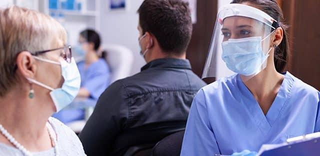Obligation vaccinale : plus de 1 400 salariés suspendus en Île-de-France