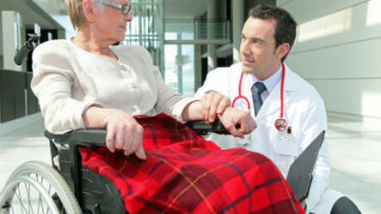 Personnes âgées dépendantes à domicile: le rôle du médecin