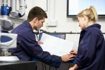 De-nouvelles-regles-pour-accelerer-le-recrutement-d-apprentis