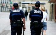 Des-armes-et-des-gilets-pare-balles-pour-les-policiers-municipaux
