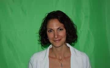 Entretien-avec-Anne-Mimin-Coordinatrice-du-guide-Discours-et-protocole_reference