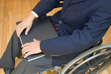 Un-decret-repositionne-et-limite-le-caractere-de-l-allocation-aux-adultes-handicapes-AAH