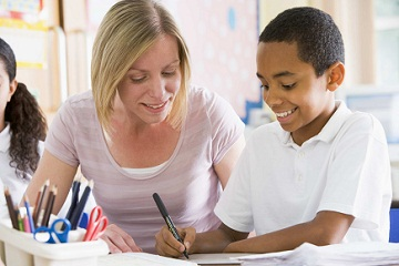 Enseignants-plus-de-presence-pour-un-meilleur-salaire