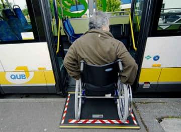 Tous-les-arrets-de-transport-en-commun-devront-etre-accessibles-en-2015