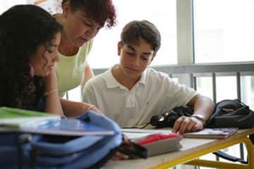 La-Cour-des-comptes-epingle-la-gestion-des-enseignants